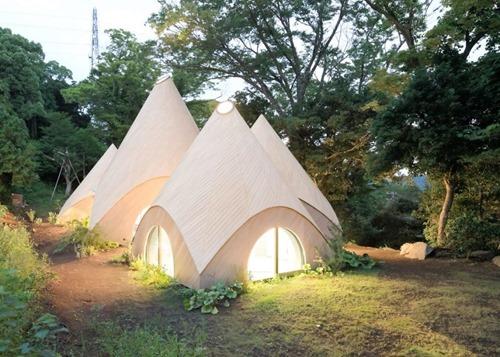 「日本人はテントに住んでいるのか?」山奥に住む女性たちの住居が個性的すぎる