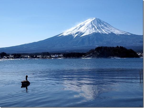 海外「日本人は無知で愛国心が強い。だから富士山より高い山があると言うのはタブーなんだよ」