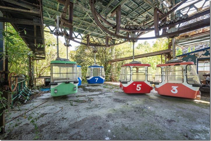日本の「廃墟になった遊園地」が海外で大人気!外国人旅行客が撮影した写真たちが話題に