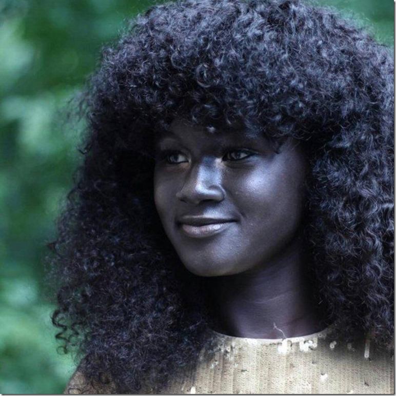 『メラニンの女神』と呼ばれる、黒人モデル「コウディア・ディオプ」が世界中で大注目!【漆黒のモデル】