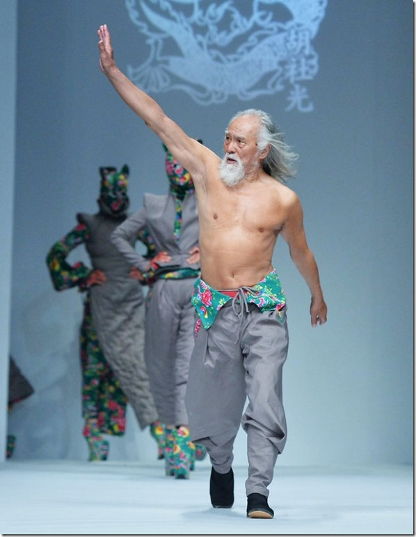80-year-old-model-grandpa-china-wang-deshun-6-581de8d4a10bd__700