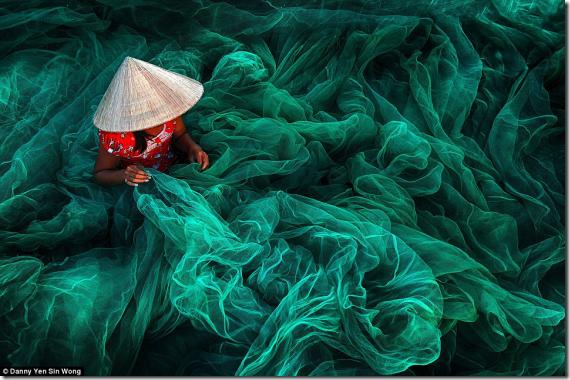 シエナ国際写真賞2016入賞作品が魅せる美しい世界。「写真でみる地球はこんな美しいのに…」