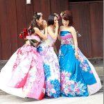 外人「日本式の結婚式がしたい!」着物風のドレスは日本文化の破壊か?