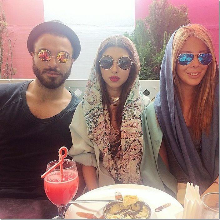 tehran-modern-women-fashion-hijab-14-588b635cf133d__700