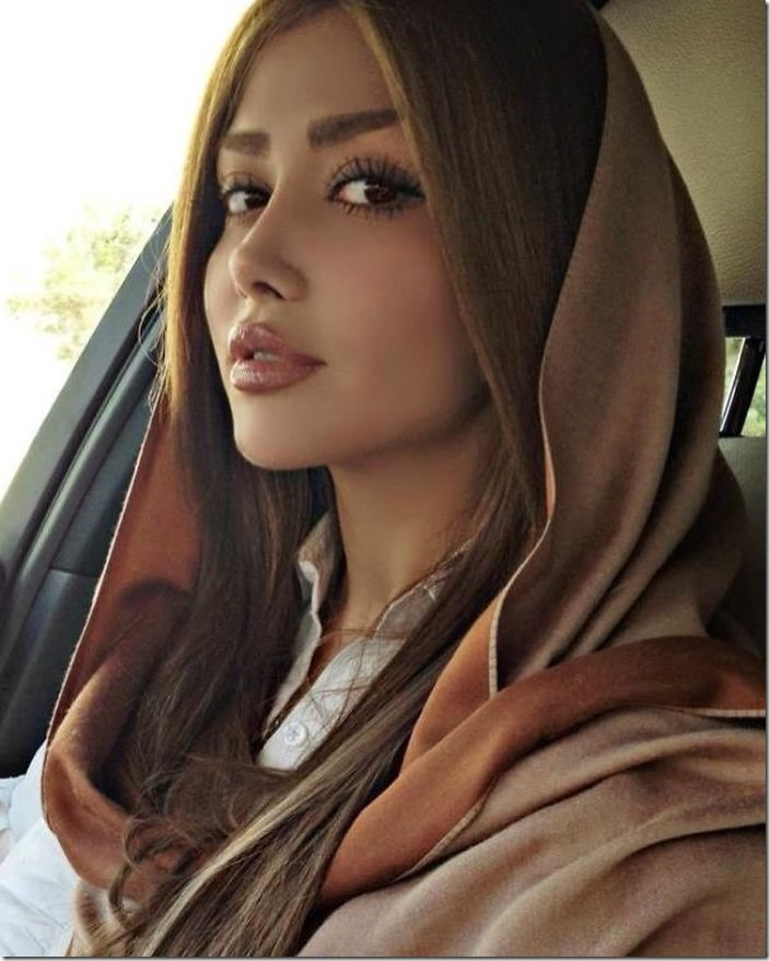 tehran-modern-women-fashion-hijab-28-588b637ce967c__700