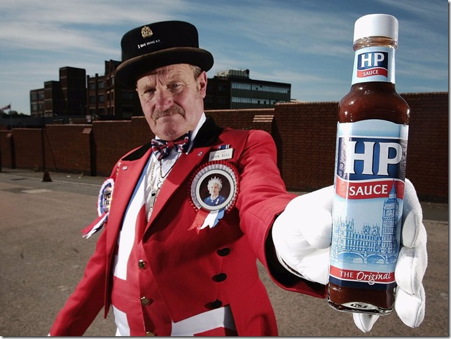 while-her-former-chefs-didnt-mention-condiments-the-likes-of-lea-and-perrins-hp-sauce-and-heinz-ketchup-all-hold-royal-warrants